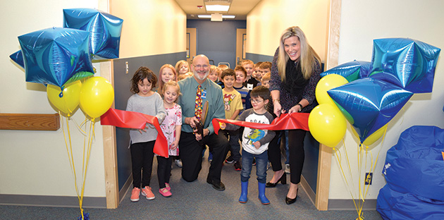 Ribbon cutting ceremony at Skyline